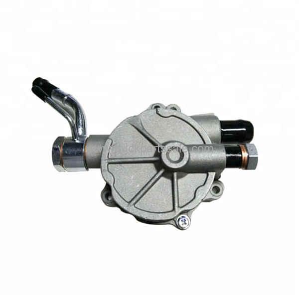 For Mitsubishi 4D56 4D68 Engine Alternator Vacuum Pump MD135825